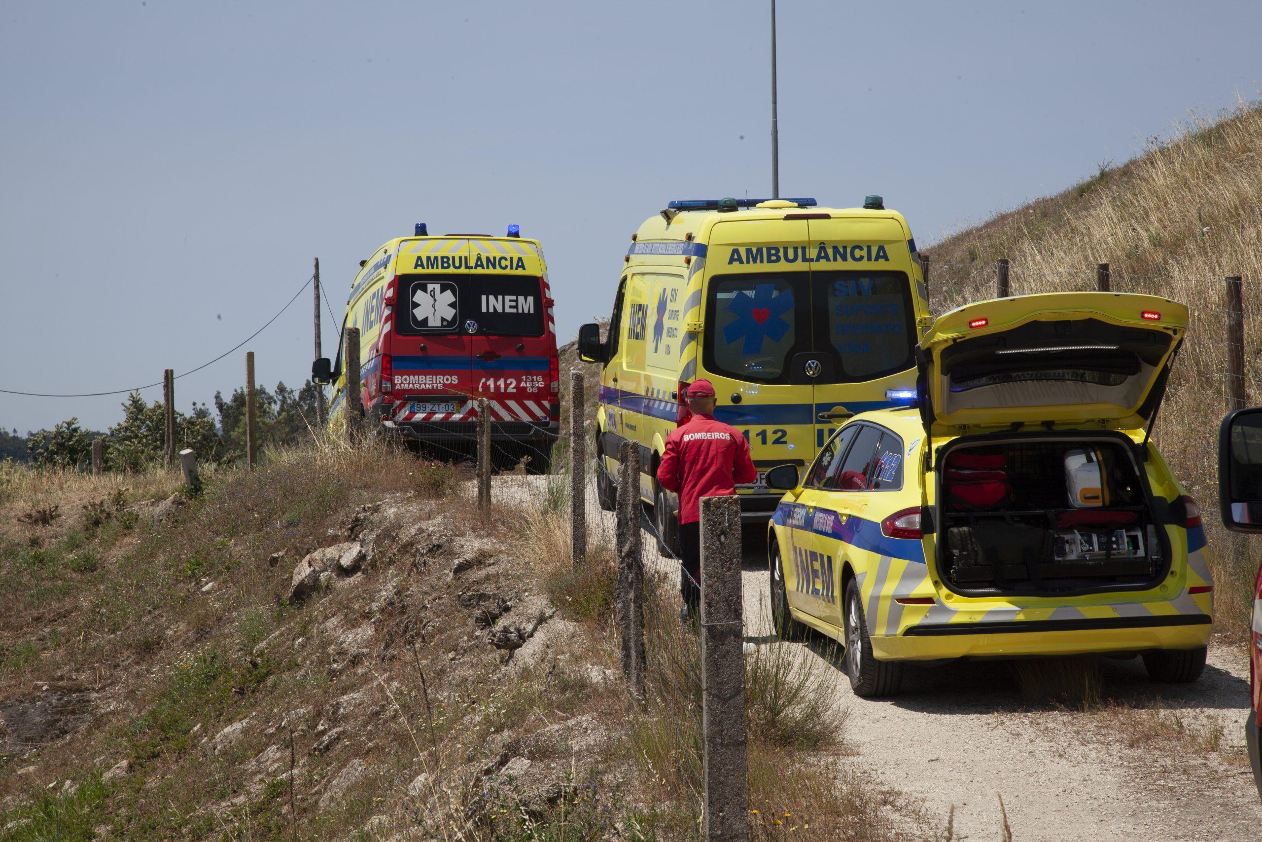 Despiste de ambulância mata bombeiro e doente na A4 em Candemil Amarante