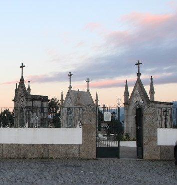 Cemitérios de Amarante e Marco abertos no dia de Todos os Santos, mas sem celebração comunitária