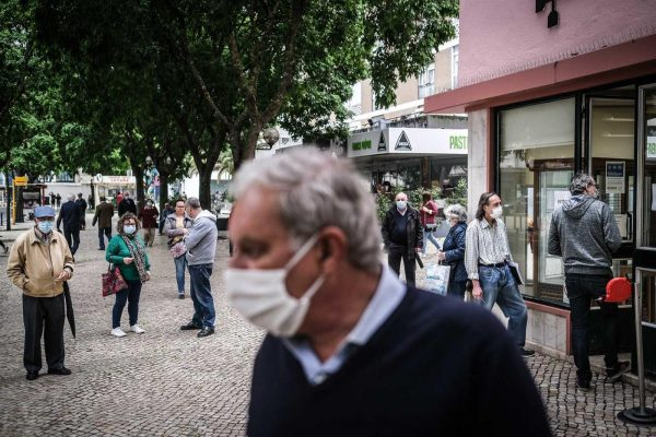 Uso de máscara na rua é obrigatório a partir desta quarta-feira
