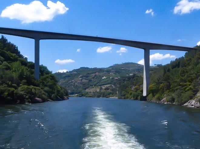 Ponte da Ermida reparada pela IP