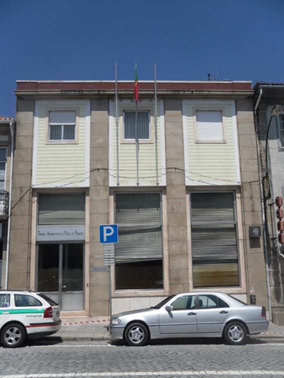 """PSD questiona governo sobre """"atrasos de décadas"""" nos Tribunais Administrativos e Fiscais"""