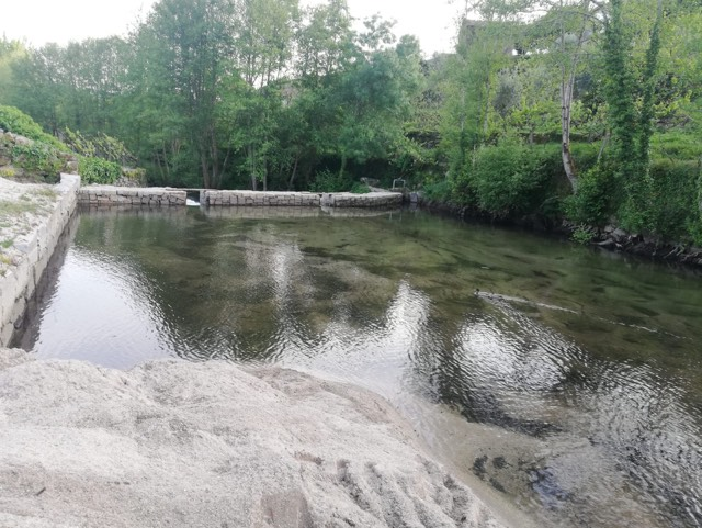 Junta acusada de criar um pântano no rio Ovil
