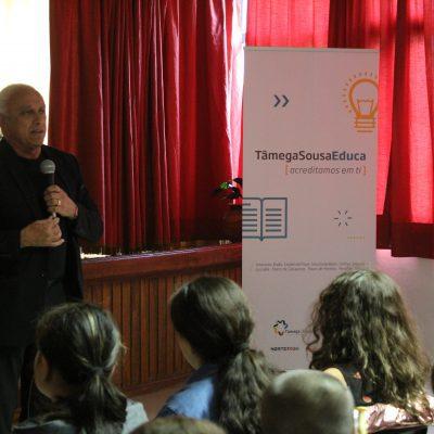Agrupamento de Escolas de Resende recebeu 10 computadores