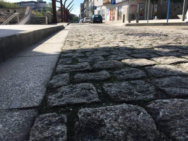 Marco substitui paralelos toscos da cidade por alcatrão