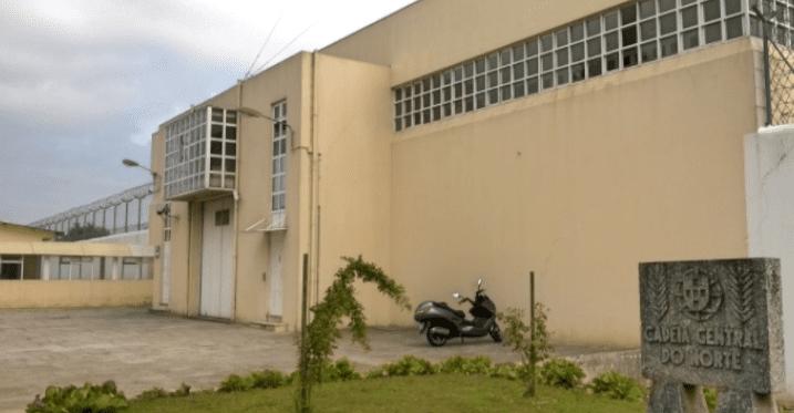 Ex-chefe da guarda prisional condenado a 13 anos de prisão