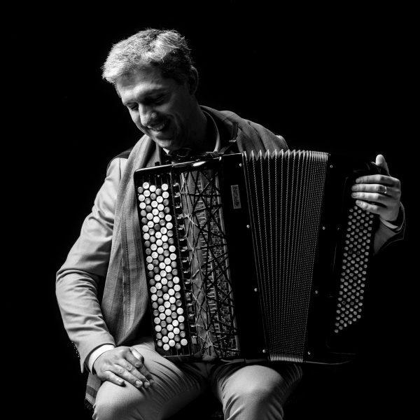 Orquestra do Norte e o acordeonista Gonçalo Pescada revisitam Astor Piazolla