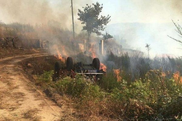 Carro dos bombeiros arde durante combate a incêndio em Baião