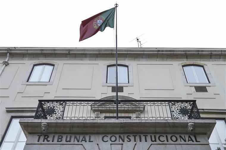 Tribunal Constitucional põe fim ao aumento de apoios a quem fica em casa com crianças